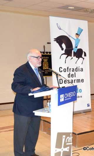 Cofrade-Eduardo-Méndez-Riestra