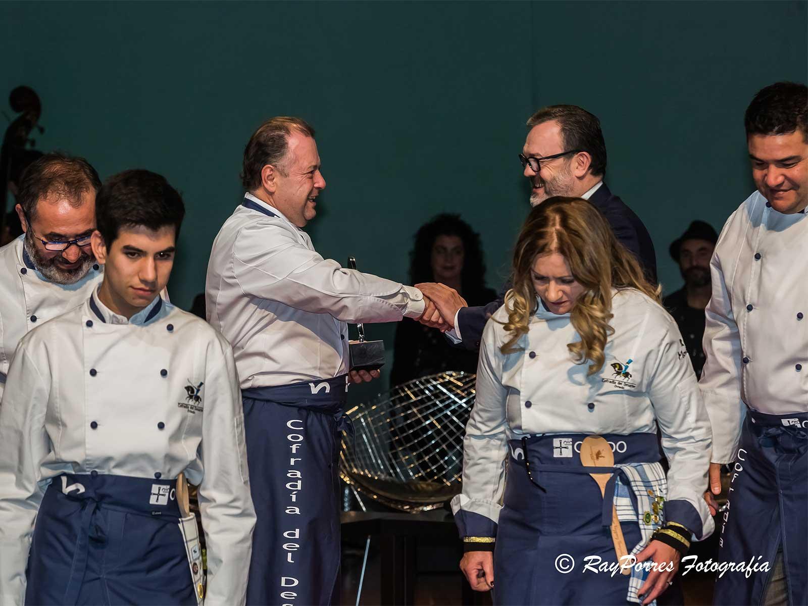 cofradia-del-desarme-recibe-premios-nacionales-de-hosteleria-2018-1