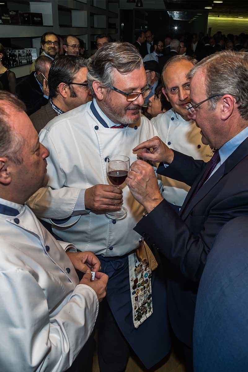 cofradia-del-desarme-recibe-premios-nacionales-de-hosteleria-2018-7